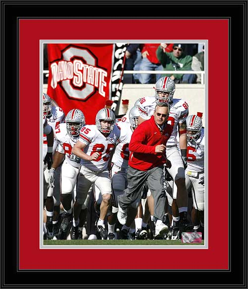 College - Ohio State Buckeyes - Jim Tressel Leading Team - Framed Picture