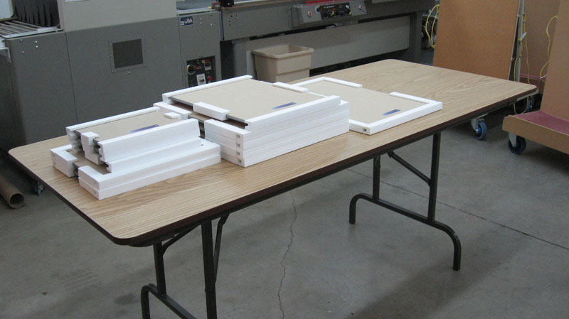 Folding Table for Accumulating Small Parts